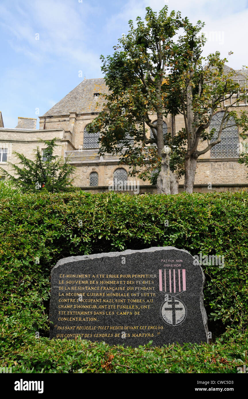 Memorial stone in honour of French Resistance fighters located in Place Jean Moulin in St Malo - Stock Image