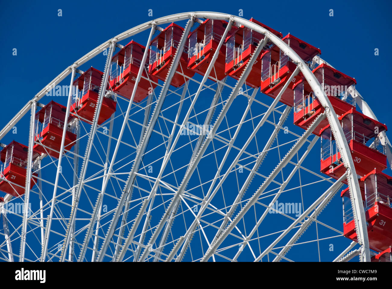 Up Close Image Of Ferris Wheel At Navy Pier In Chicago Illinois Stock Photo Alamy