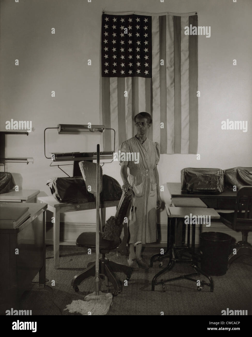 Ella Watson, a cleaning women in the offices of the Farm Security Administration (FSA) during the Franklin Roosevelt's - Stock Image