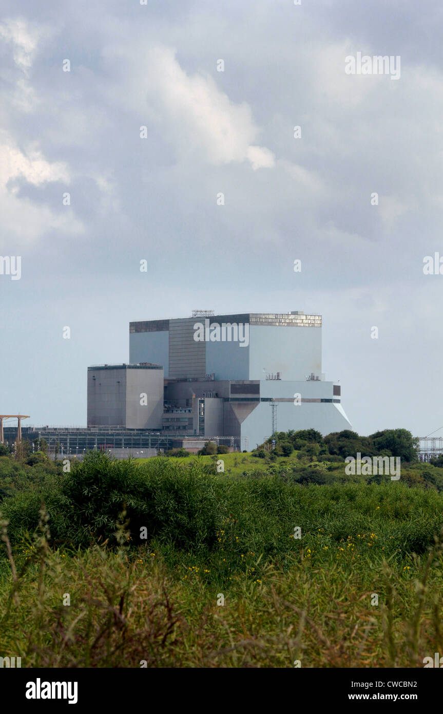 Hinkley  B reactor building at Hinkley Point nuclear power station, Somerset, England - Stock Image