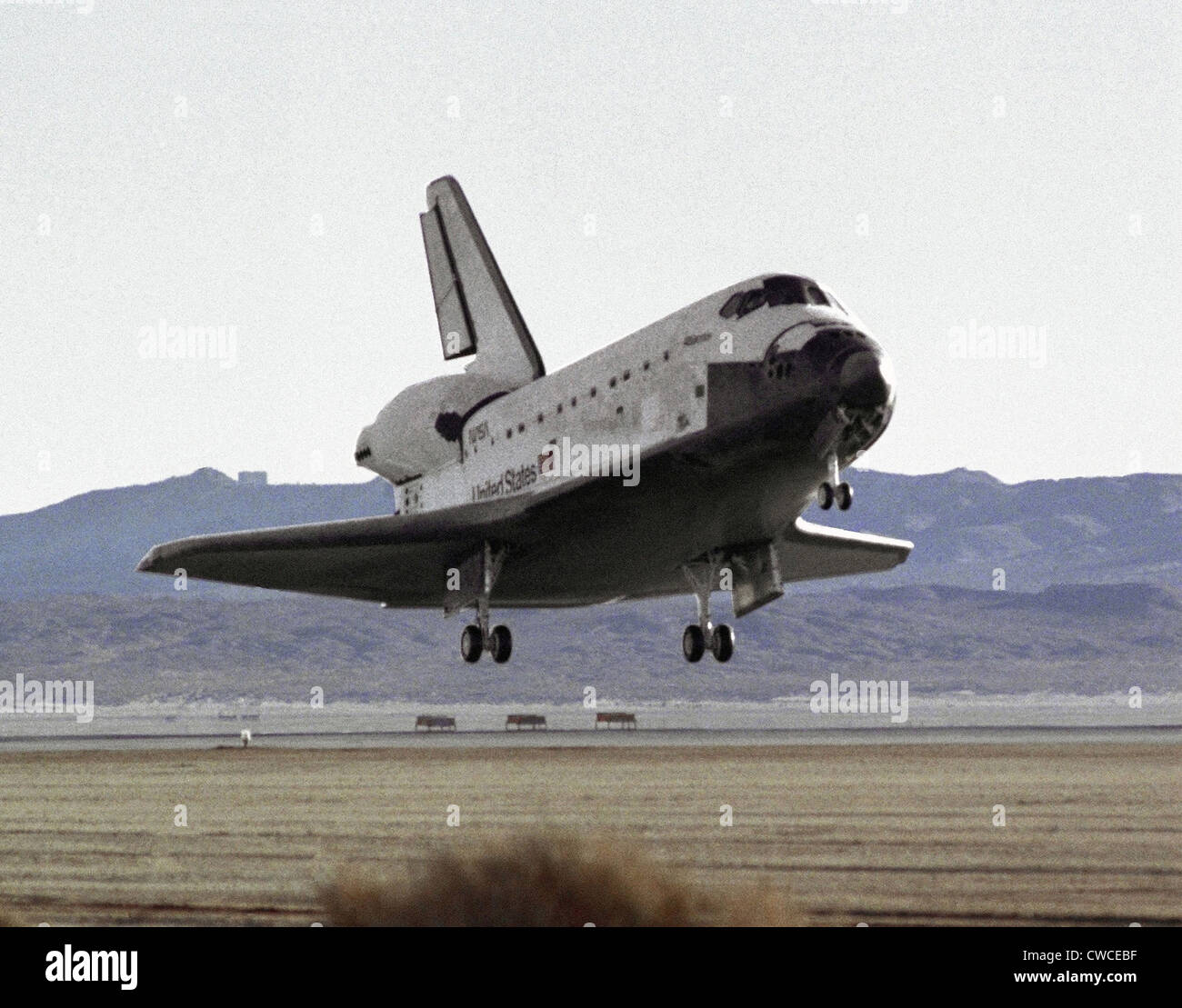 space shuttle landing at edwards air force base - photo #3