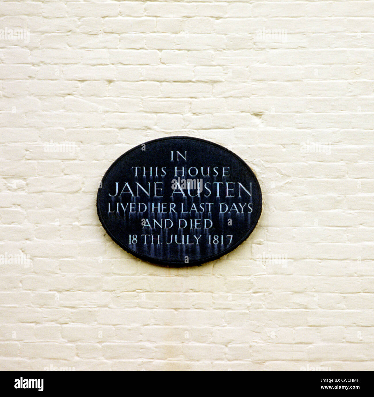 8 College Street, Winchester, Plaque to Jane Austen plaques author authors novelist novelists England UK English - Stock Image