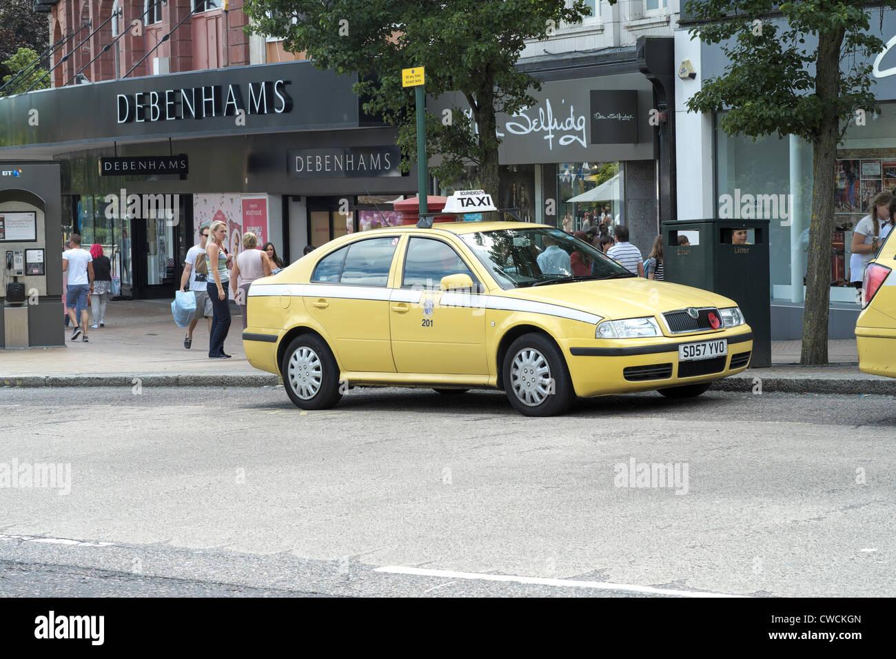 Yellow Skoda Taxi Cab In Bournemouth Stock Photo 50065925 Alamy