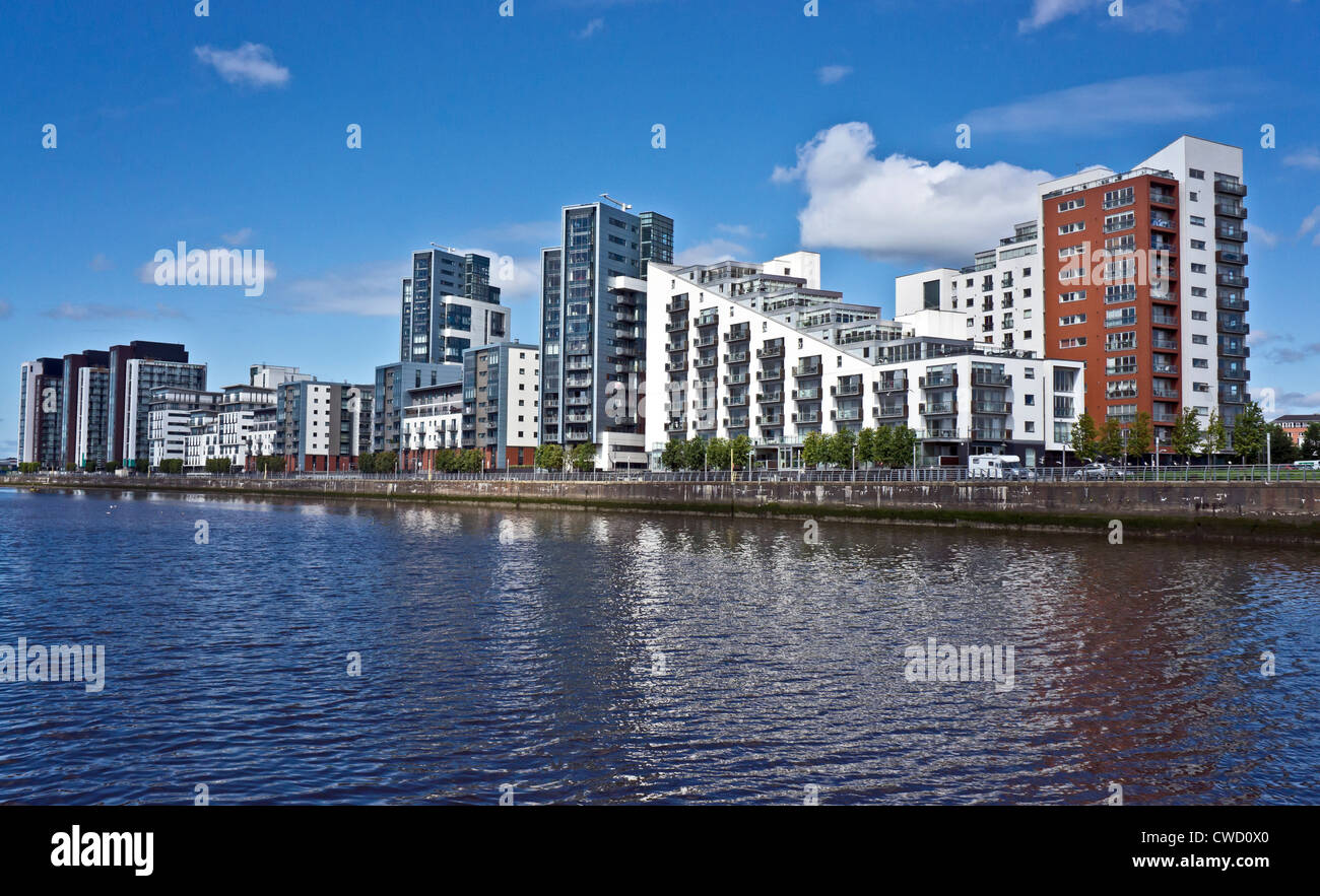Glasgow Harbour Terraces housing on the River Clyde at Partick in Glasgow Scotland Stock Photo