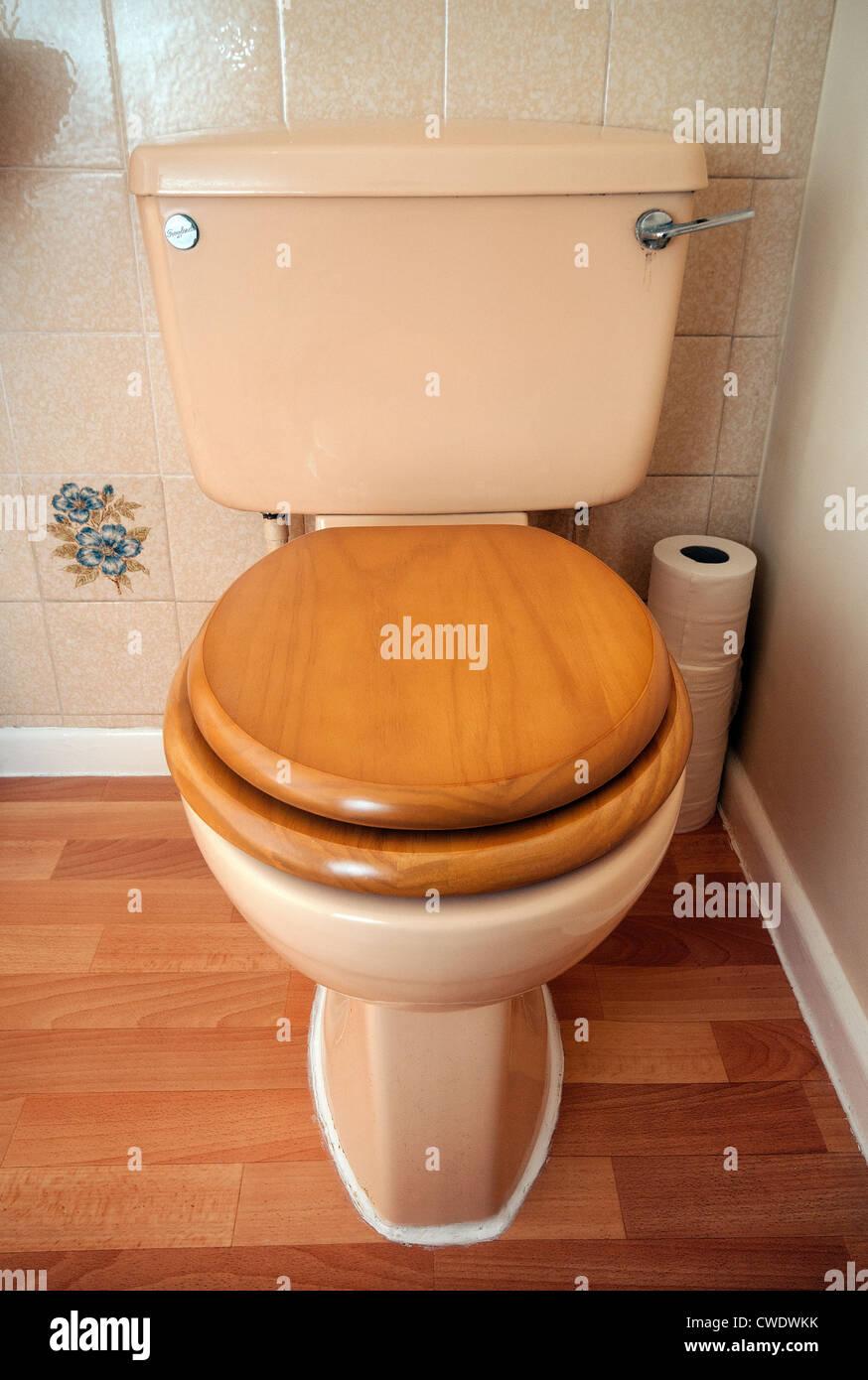 Eighties style toilet - Stock Image