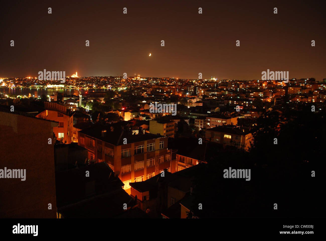 Night time in Istanbul. Picture by Adam Alexander/Alamy - Stock Image