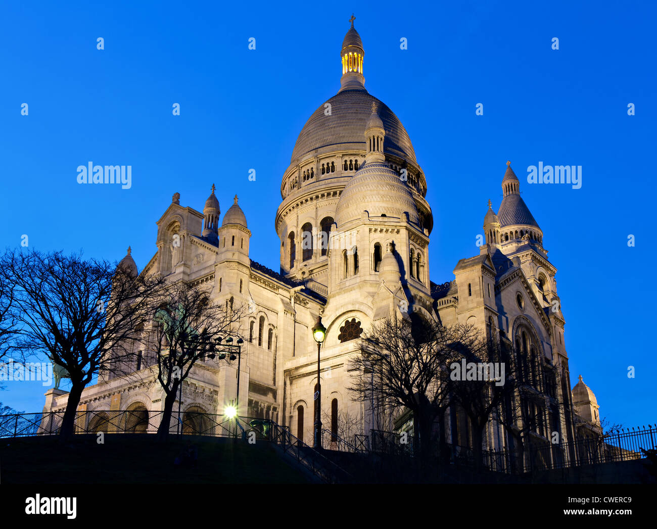 Sacre Coeur during the blue hour, Paris, France - Stock Image