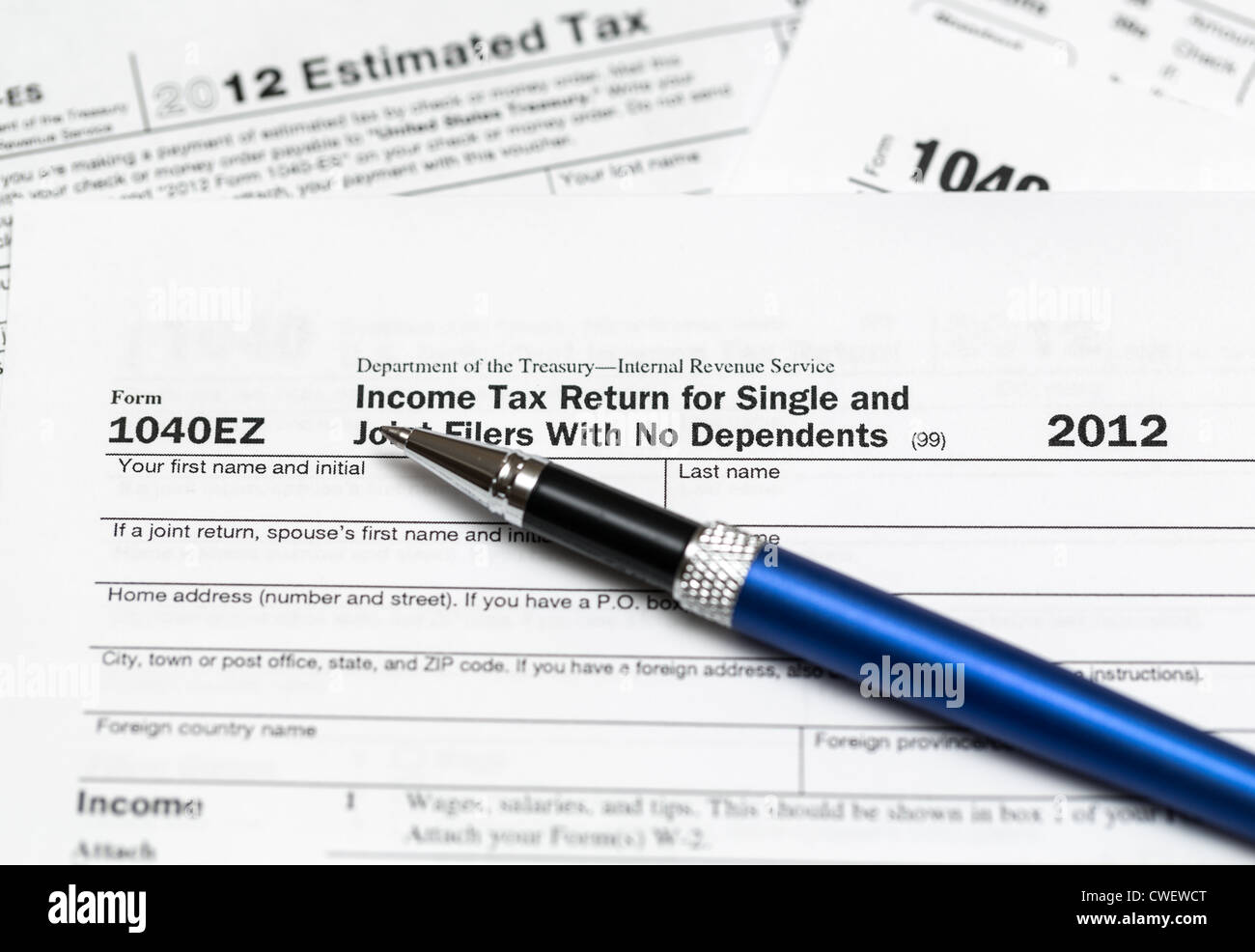 Form 1040ez Stock Photos & Form 1040ez Stock Images - Alamy