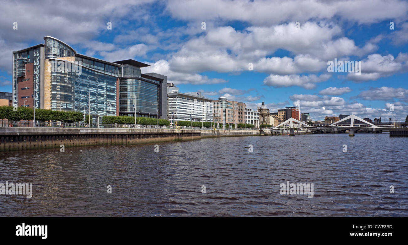 200 and 150 Broomielaw & BT building Atlantic Quay (L to middle) on the River Clyde in Glasgow with Tradeston - Stock Image