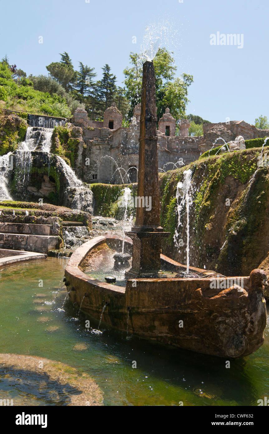 The Rometta Fountain area in the gardens of the Villa d\'Este, Tivoli ...