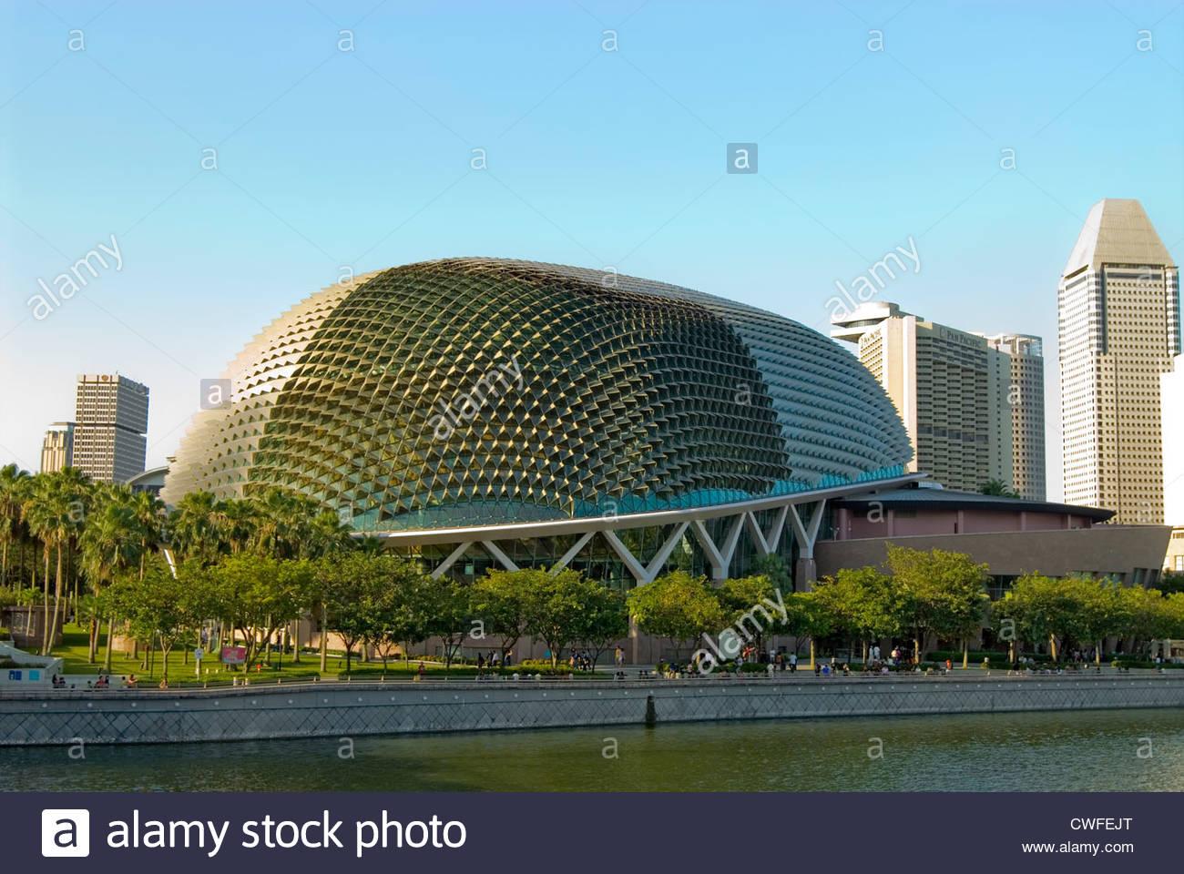 Singapore Esplanade at the Marina Bay, Singapore | Singapore Esplanade in der Marina Bay, Singapur - Stock Image