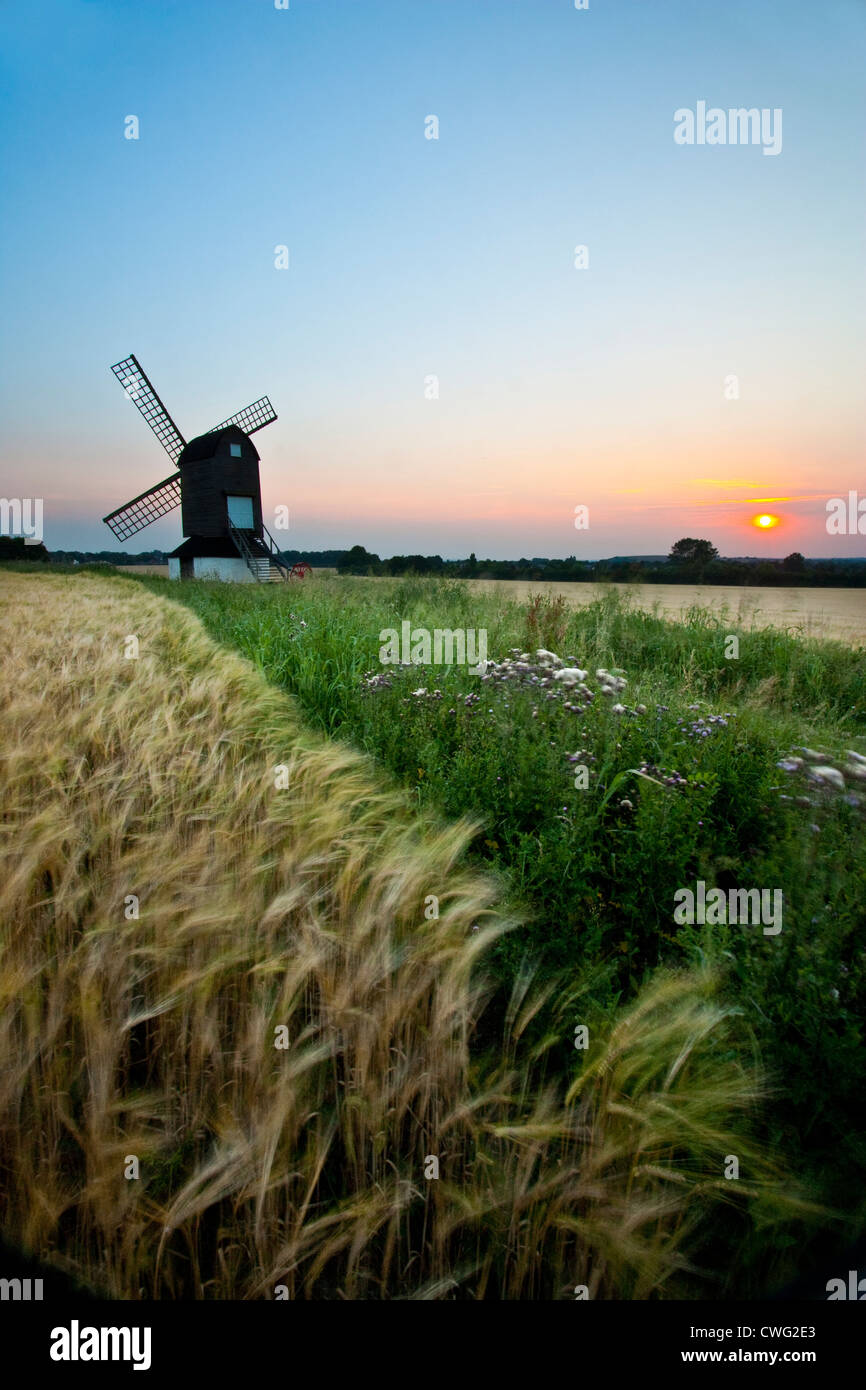 Sunset at Pitstone windmill in the Chilterns - Stock Image