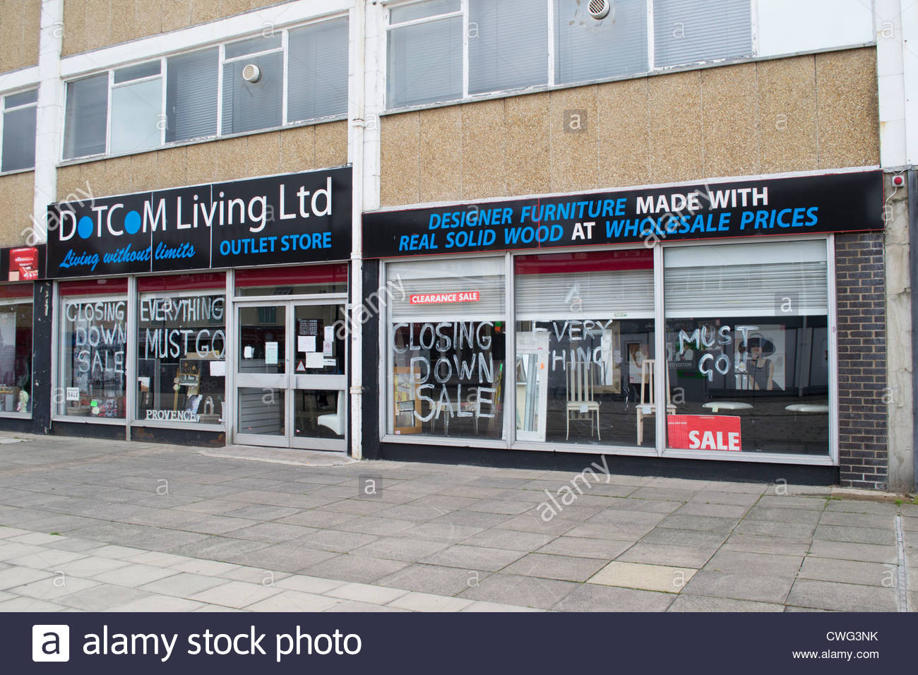 Outlet store closing down in Huntingdon - Stock Image