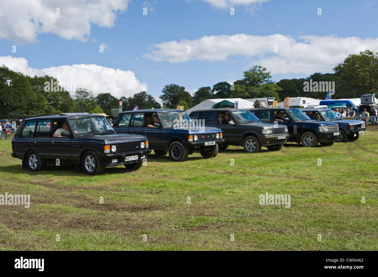 Line-up of clic Range Rovers 4x4 on display at annual Eastnor ...
