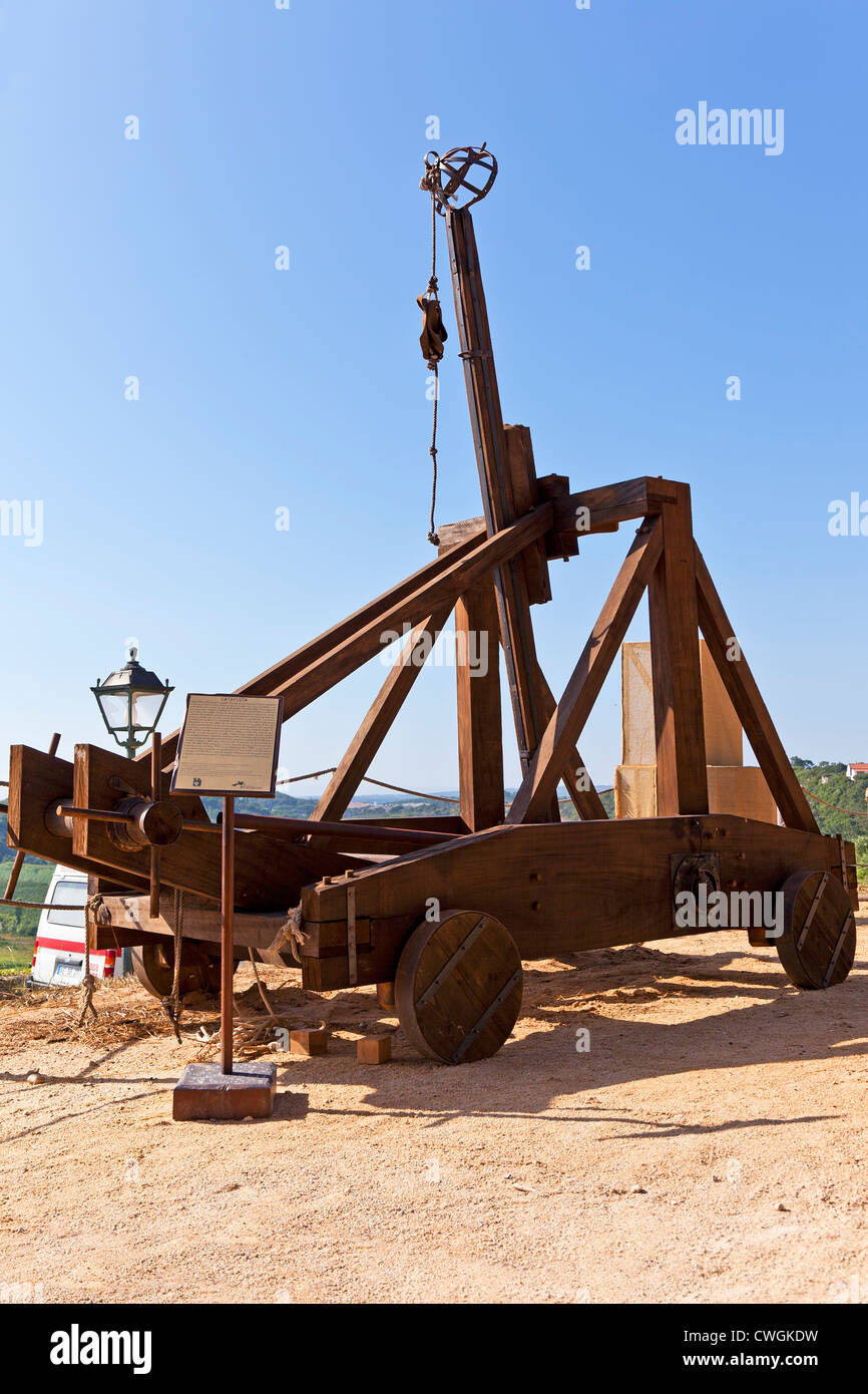 Siege Catapult Stock Photos Images Alamy Motion Diagram Onager Medieval Replica In A Reenactment Of Fair Bidos Portugal