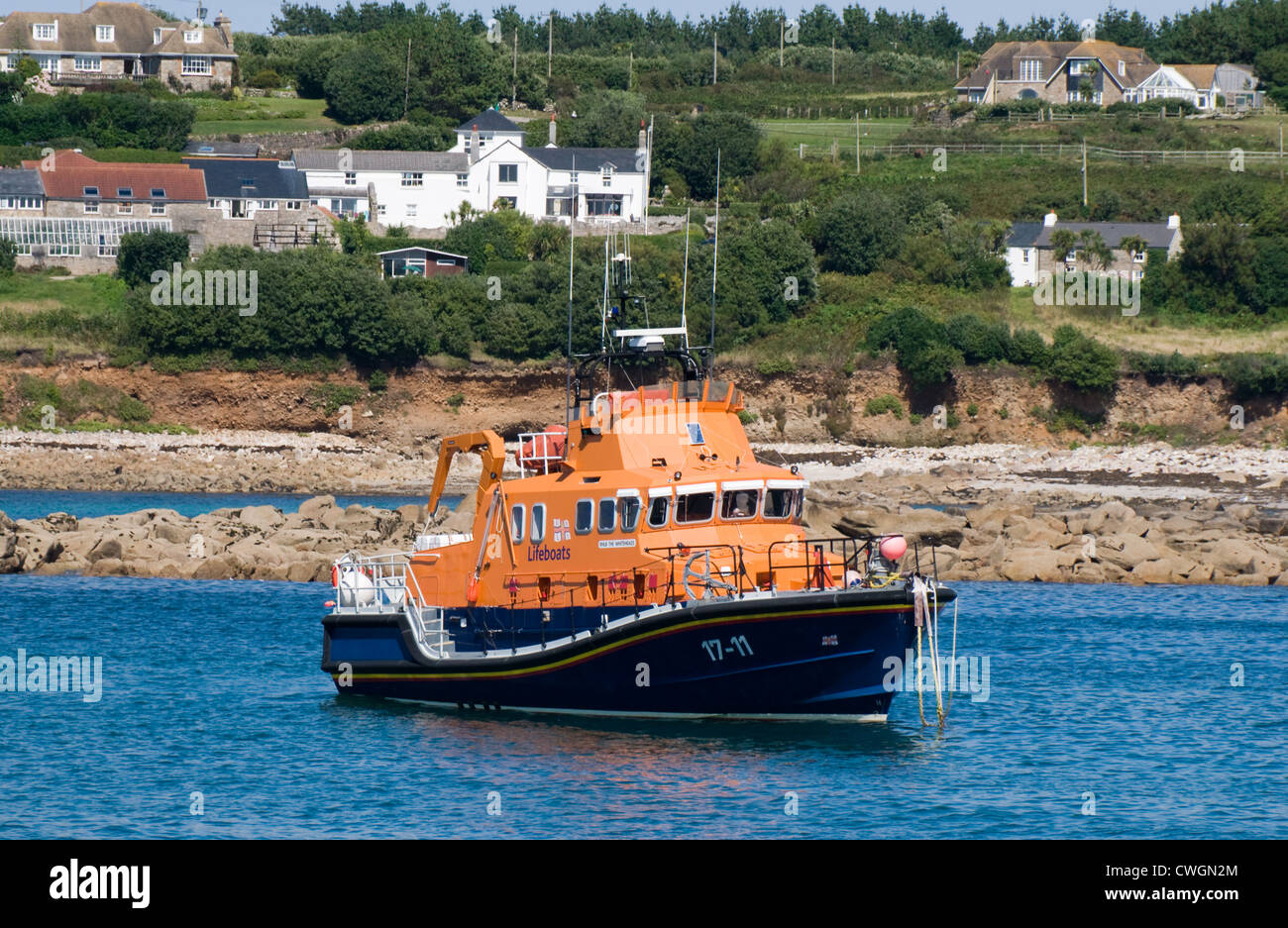 RNLB The Whiteheads is based in Hugh Town Harbor, St Mary's, Isles of Scilly. It is a Severn class all weather - Stock Image