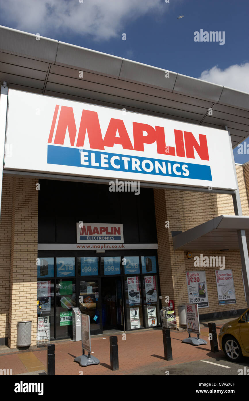 maplin electronics retail store in out of town retail park Livingston, Scotland, uk, united kingdom Stock Photo