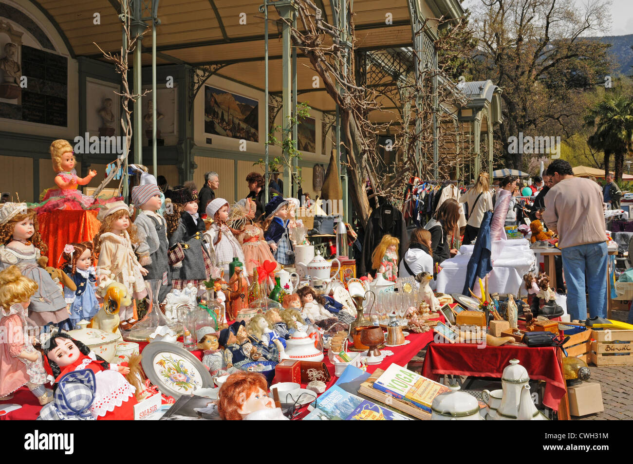 The Flea Market at the Winter-promenade at Meran in Italy - Stock Image