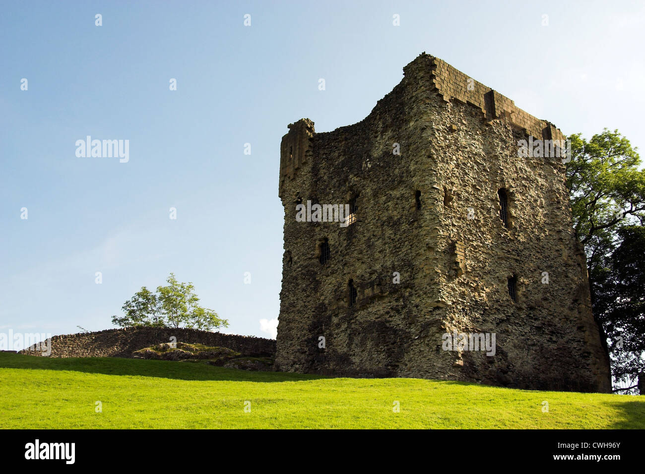 Castle ruins, Peveril Castle, Castleton, Peak District, Derbyshire, UK Stock Photo
