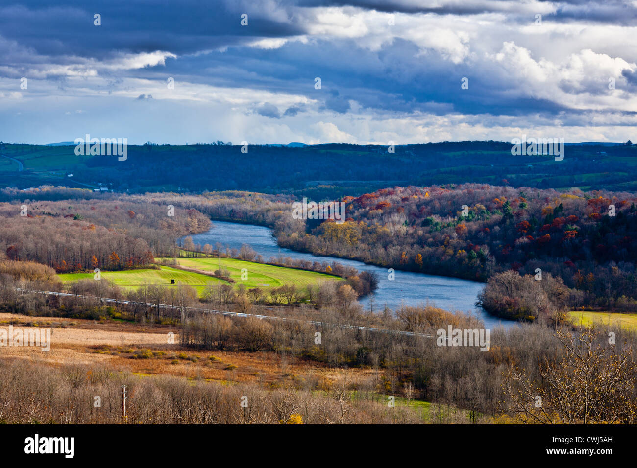 The Mohawk River winds through Mohawk Valley near Little Falls, New York - Stock Image