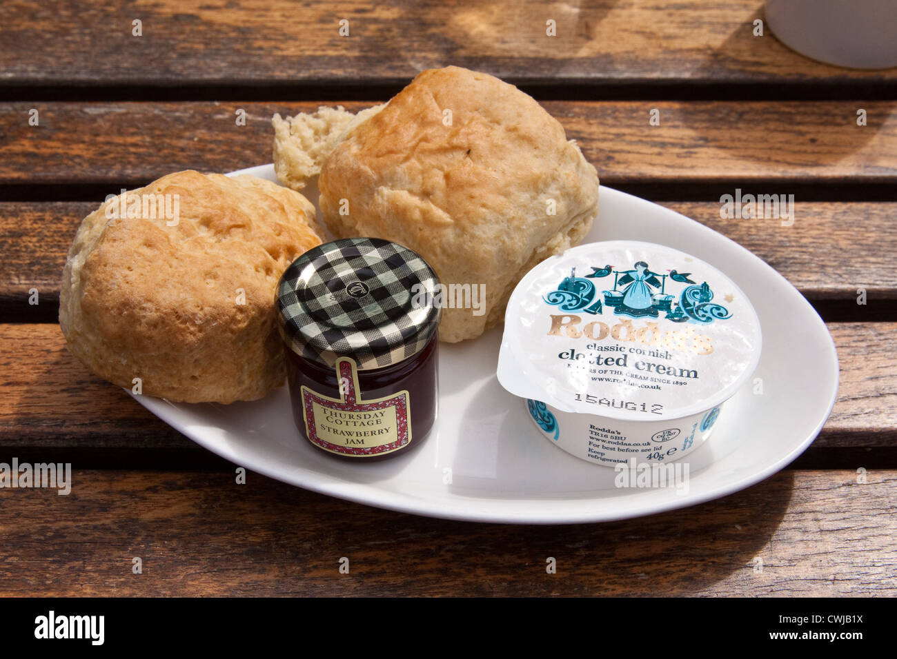 Cream Tea With Scones And Clotted Cream Cornwall England United Stock Photo Alamy