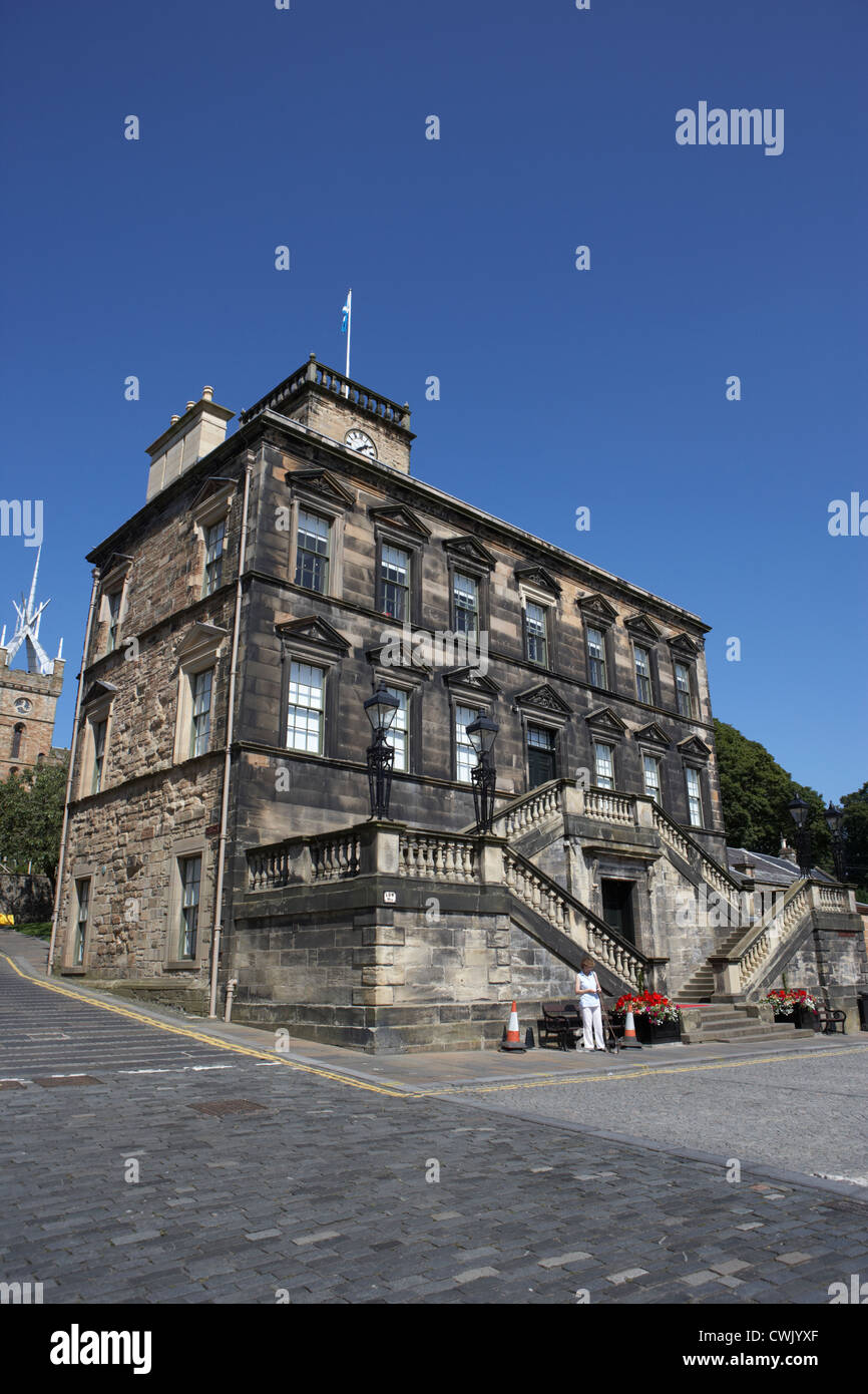 linlithgow burgh halls on the cross west lothian scotland - Stock Image