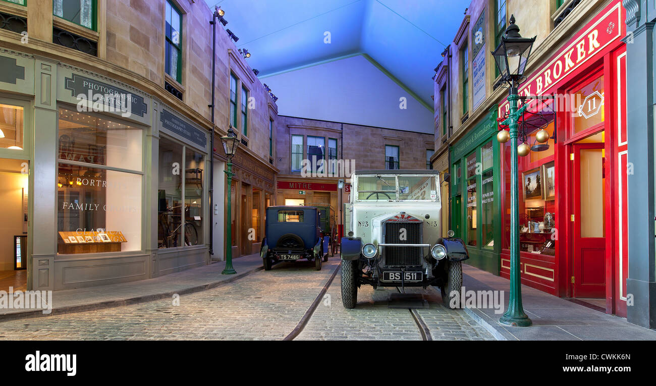 old glasgow street scene interior of the riverside museum glasgow stock photo 50219309 alamy. Black Bedroom Furniture Sets. Home Design Ideas