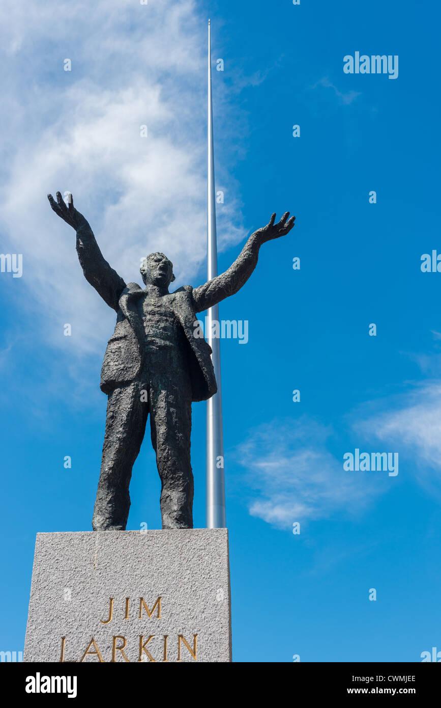 Jim Larkin statue on O Connell Street by sculpture Oisín Kelly Dublin Republic of Ireland - Stock Image