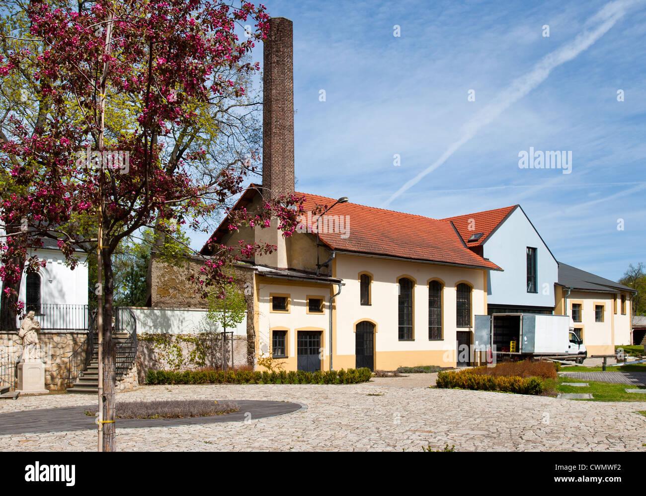 Pocernicky pivovar, Zamecky park, Dolni Pocernice, Praha, Ceska republika Stock Photo