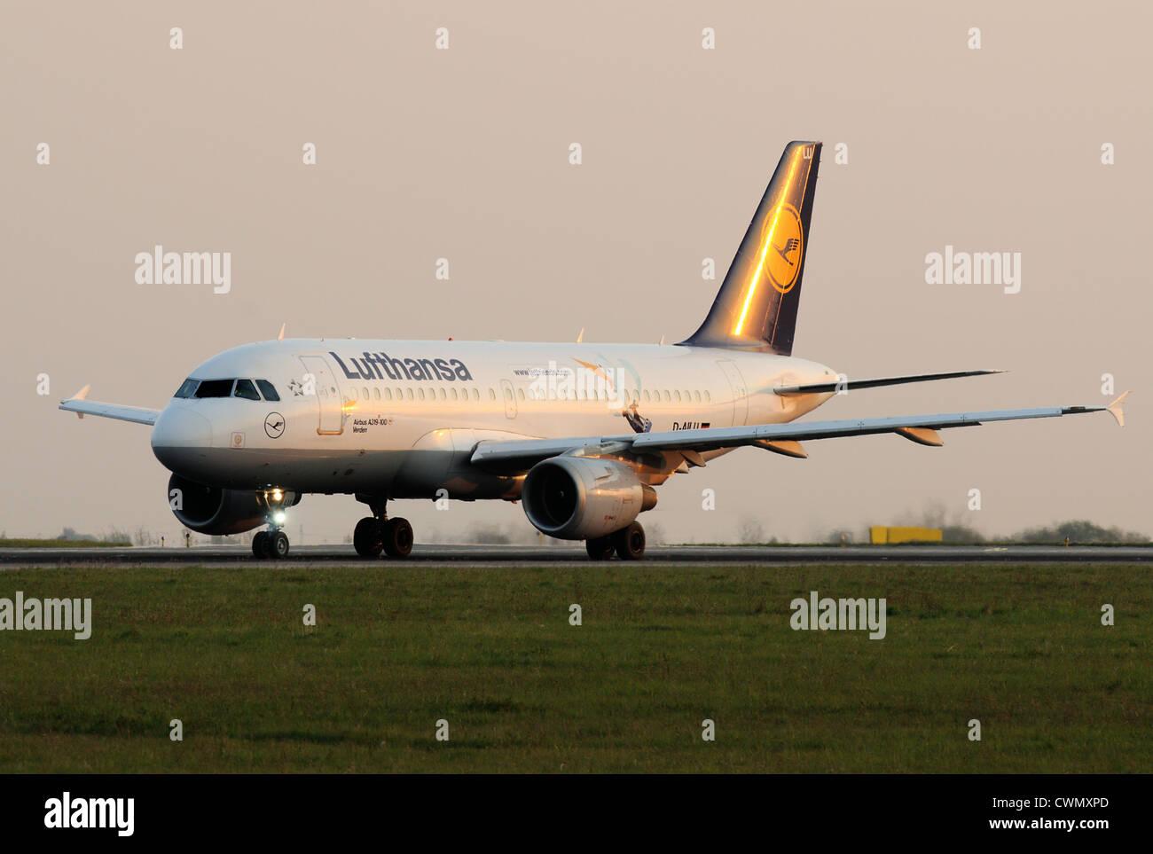 Lufthansa Airbus A319 - Stock Image