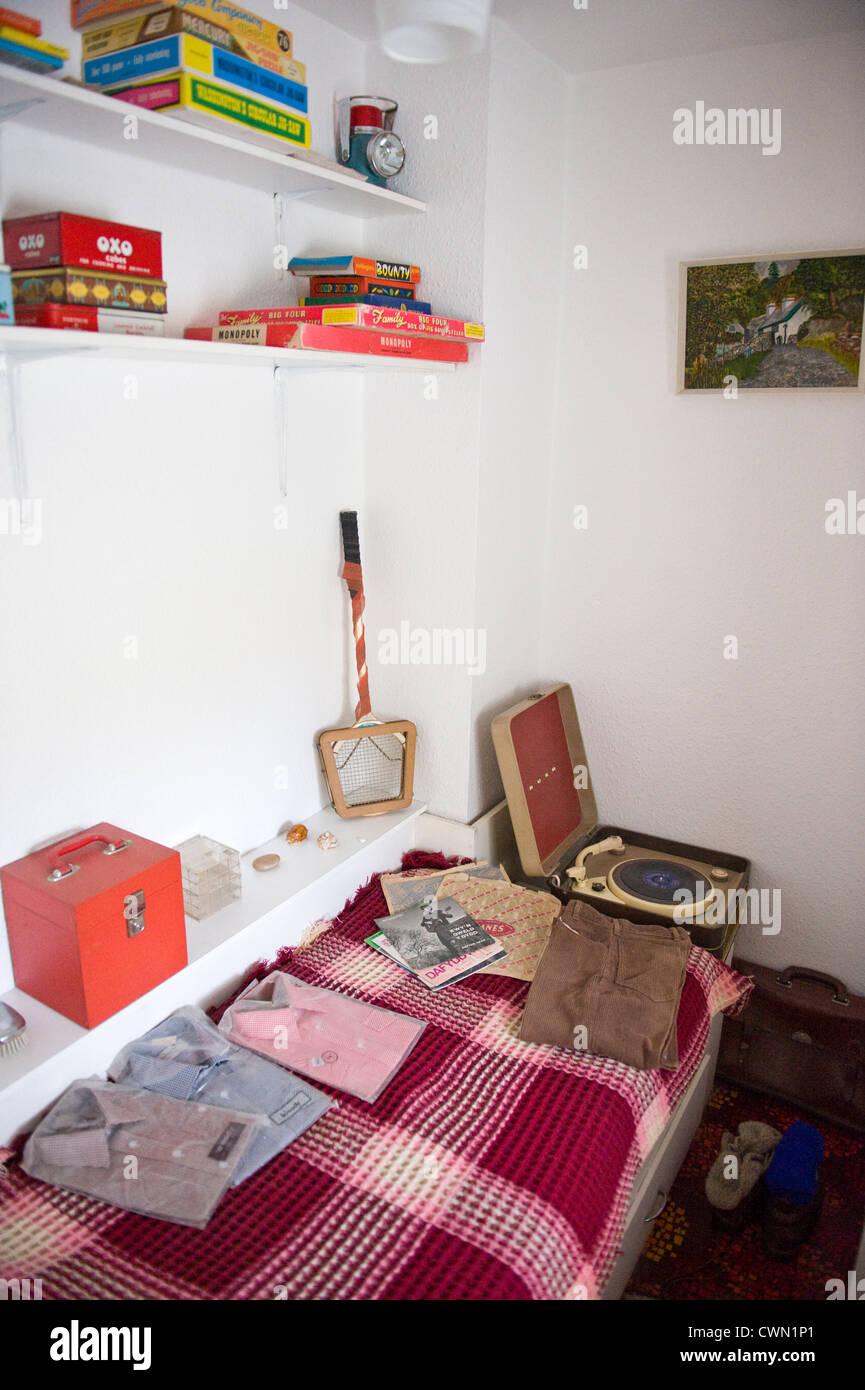 Bedroom in 1970 - Stock Image