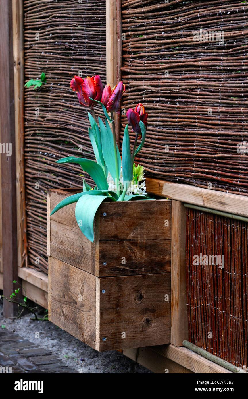 Planter Box Stock Photos & Planter Box Stock Images - Alamy