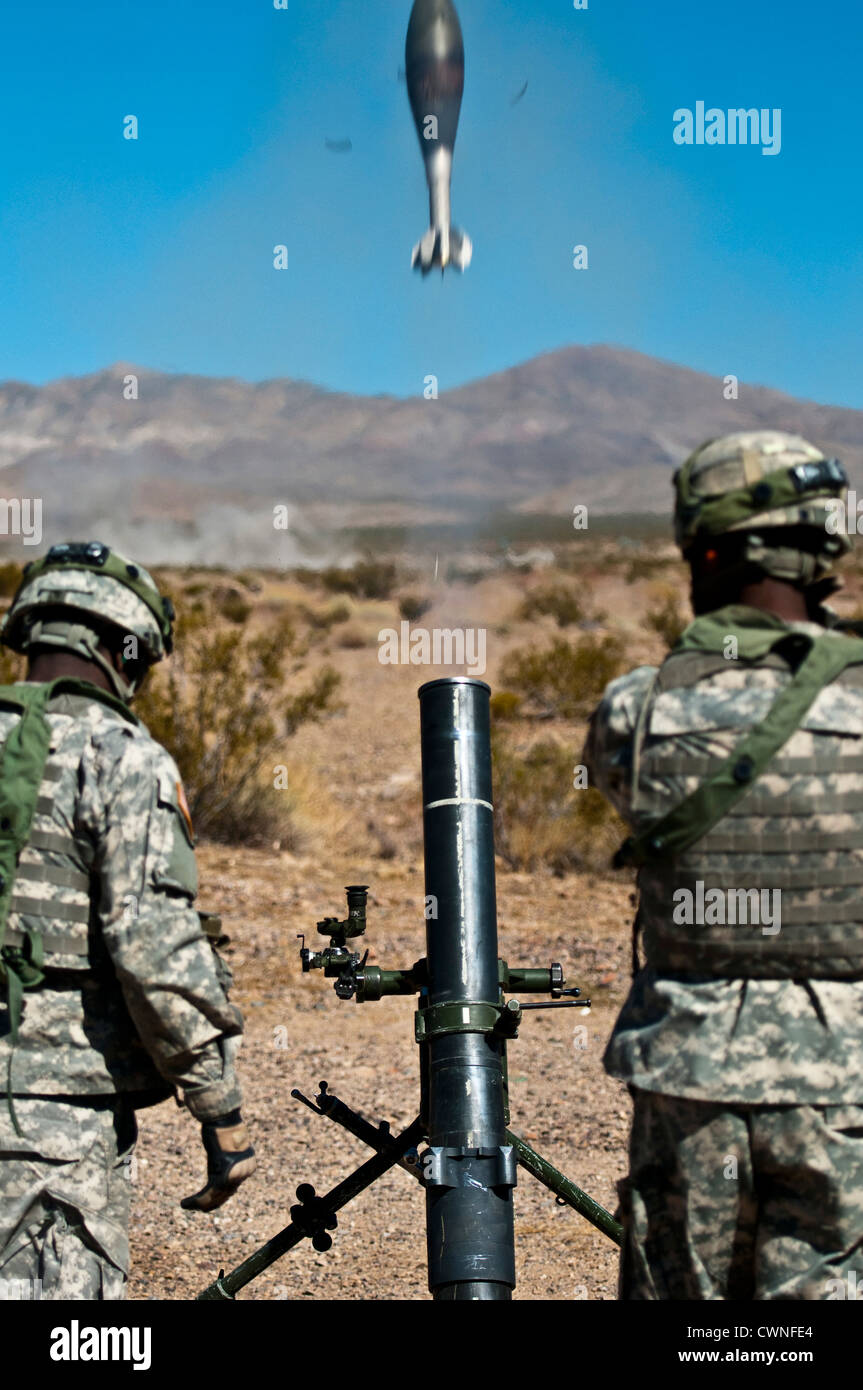 U S Army 120mm Mortar : Us army soldiers fire a soltam k mm mortar during