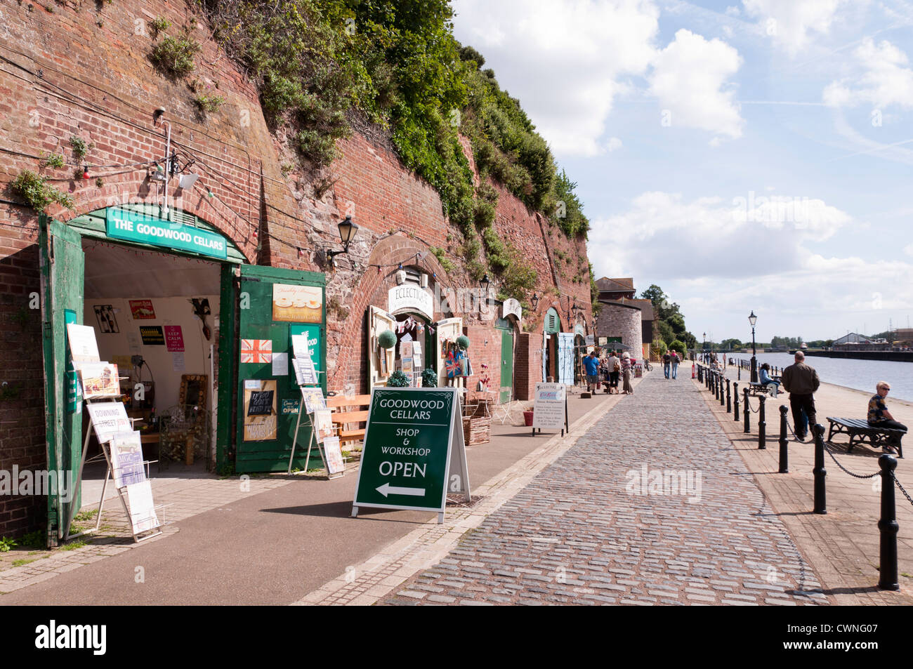 Shops and cafes at Exeter Quay. - Stock Image