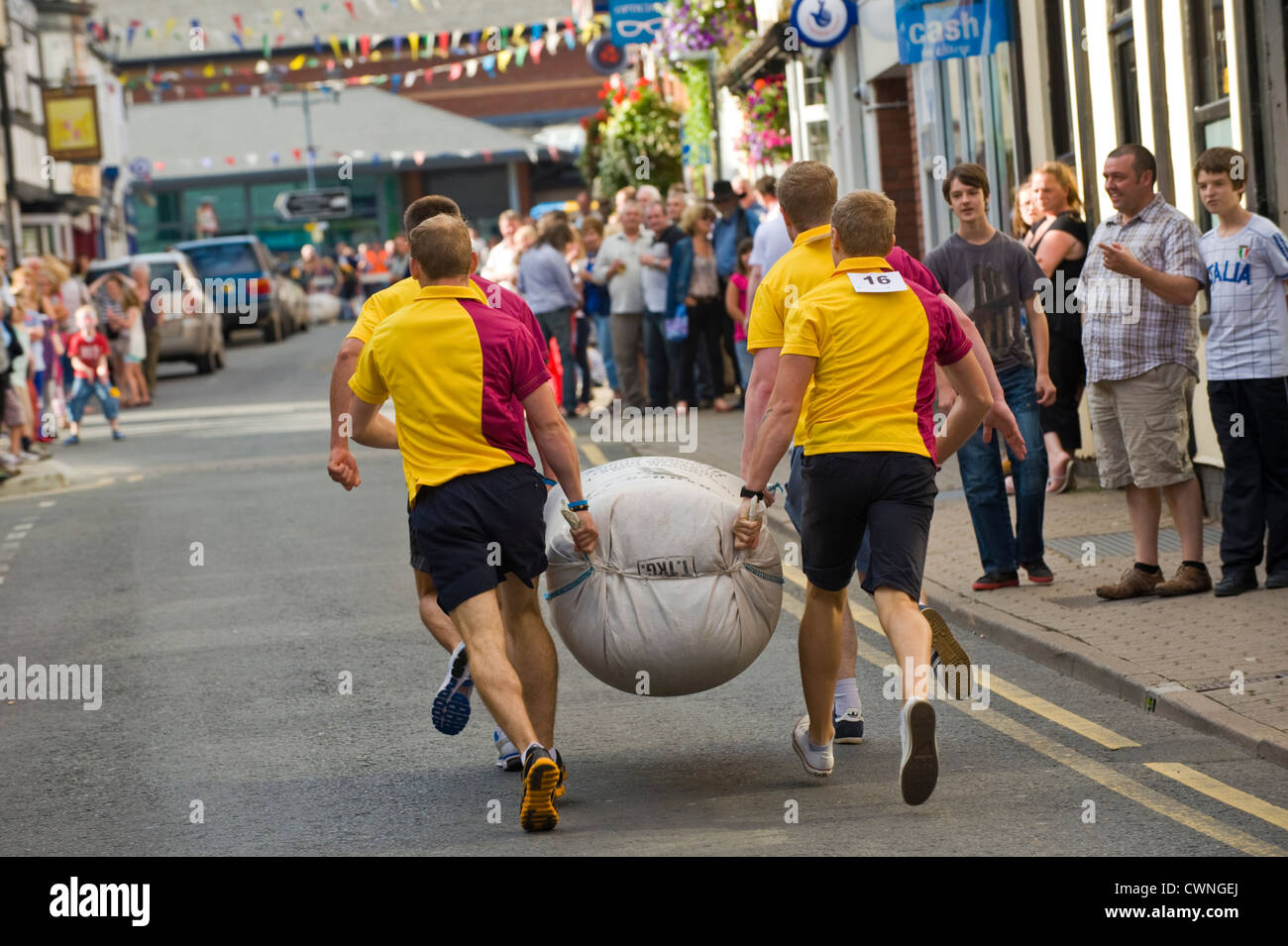 Local men's team taking part in the annual World Championship Hop Pocket Race at Bromyard Herefordshire England - Stock Image