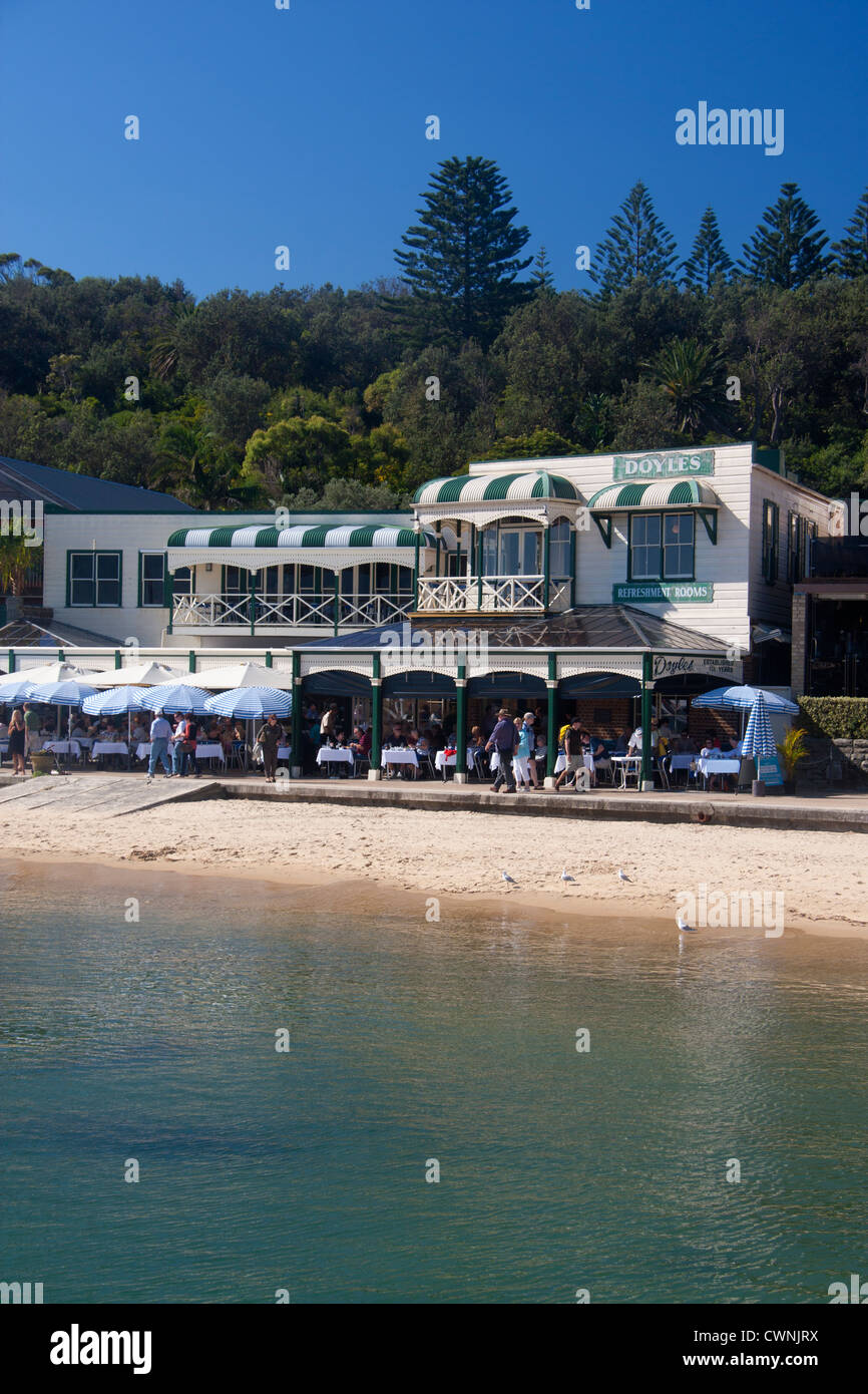 Doyles Restaurant and beach at Watsons Bay Eastern Suburbs Sydney New South Wales Australia - Stock Image