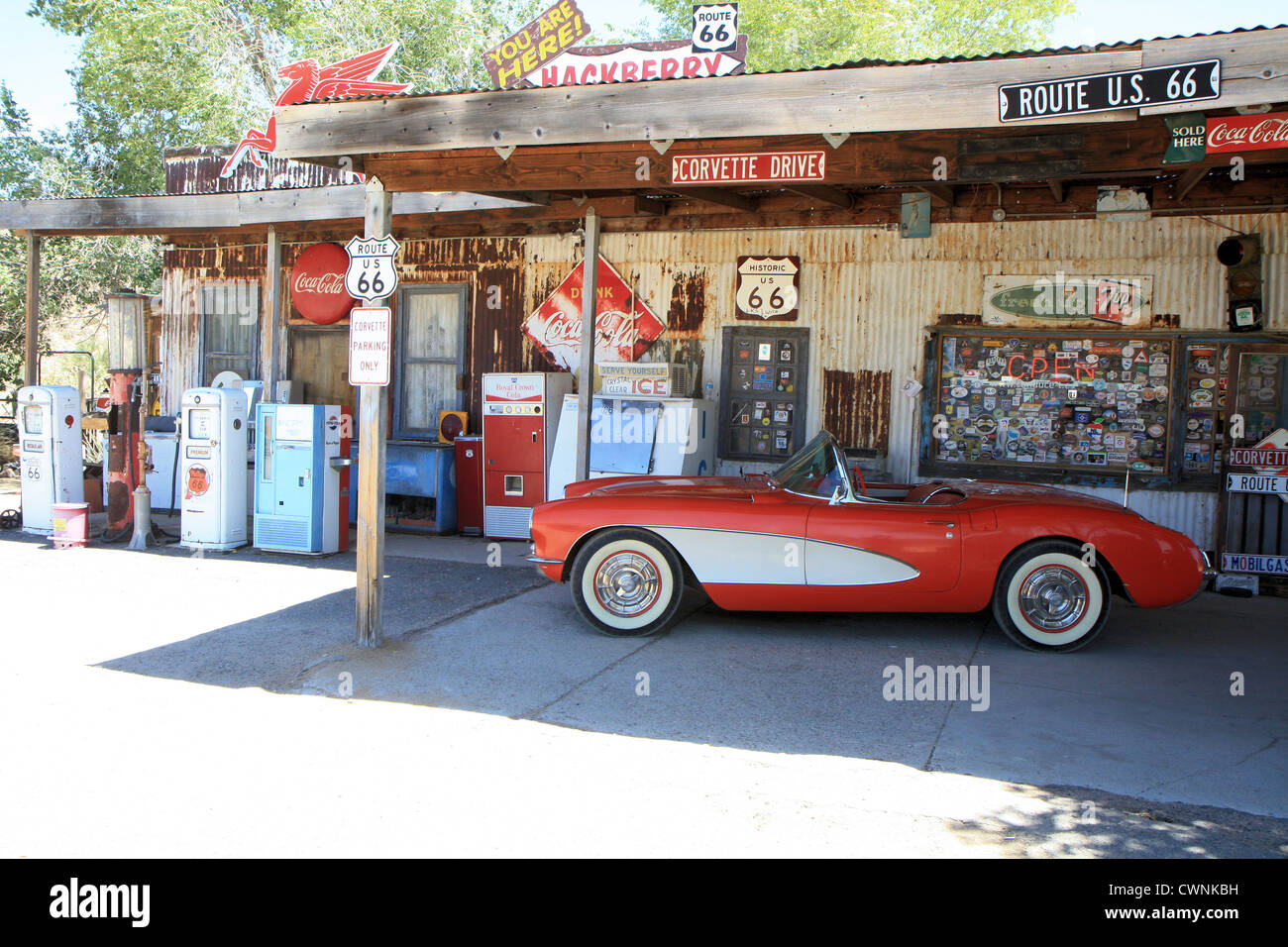 Santa Paula Chevrolet >> Vintage Gas Station Stock Photos & Vintage Gas Station Stock Images - Alamy