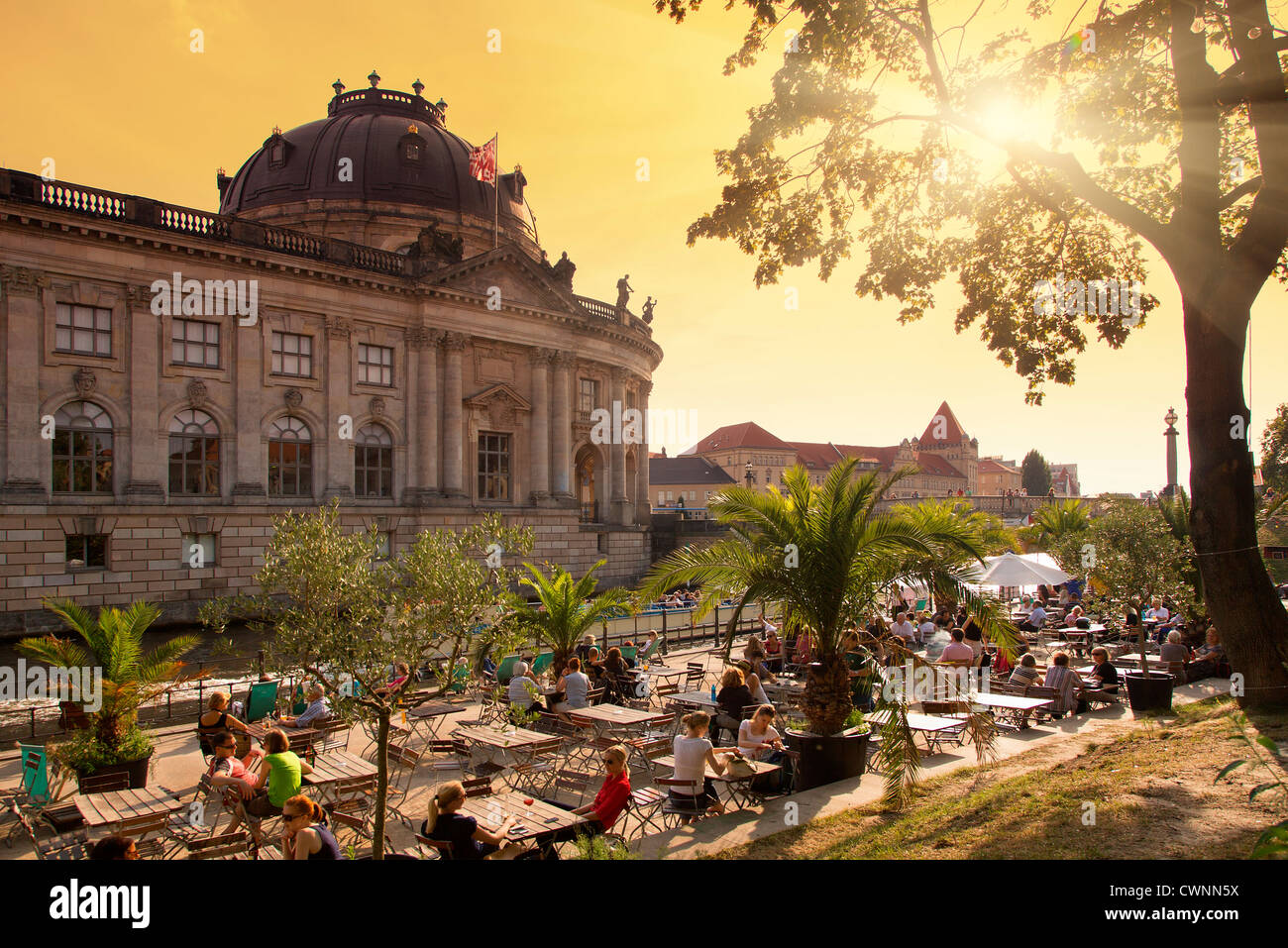 Berlin, Cafe in Riverbank - Stock Image