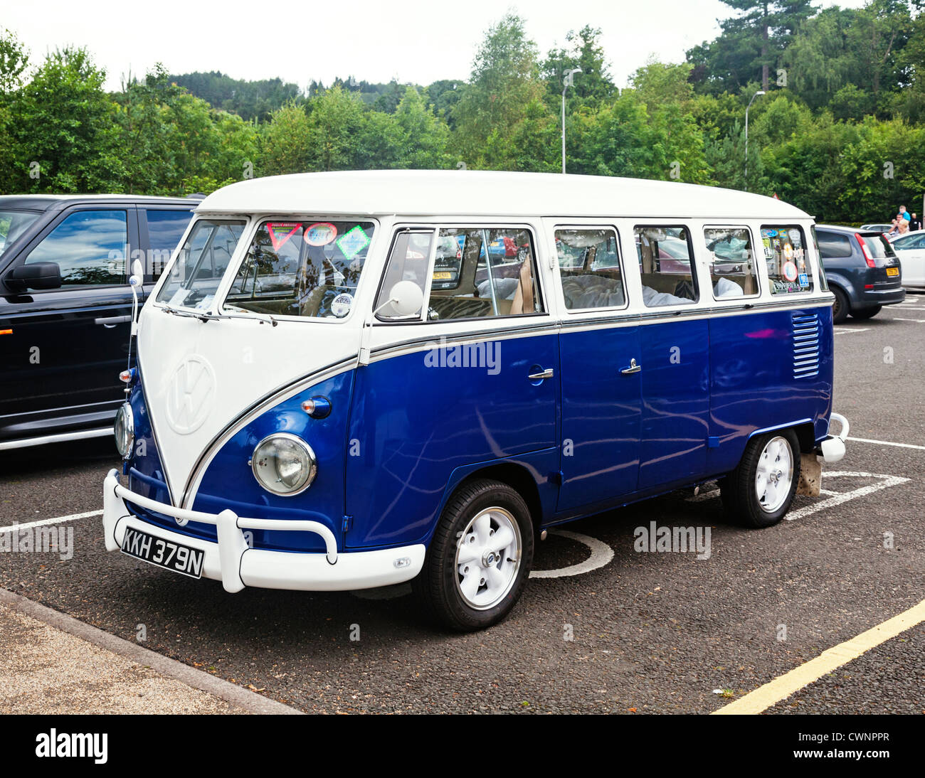 44ea3bd553 An old classic blue and white Volkswagen Kombi camper van. - Stock Image