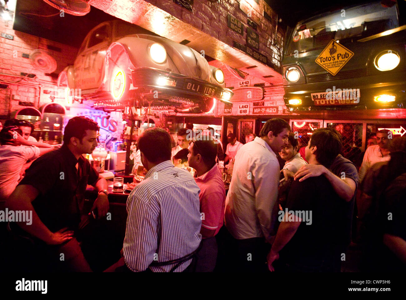 Totos Pub Bar Garage Mumbai Stock Photos & Totos Pub Bar Garage ...