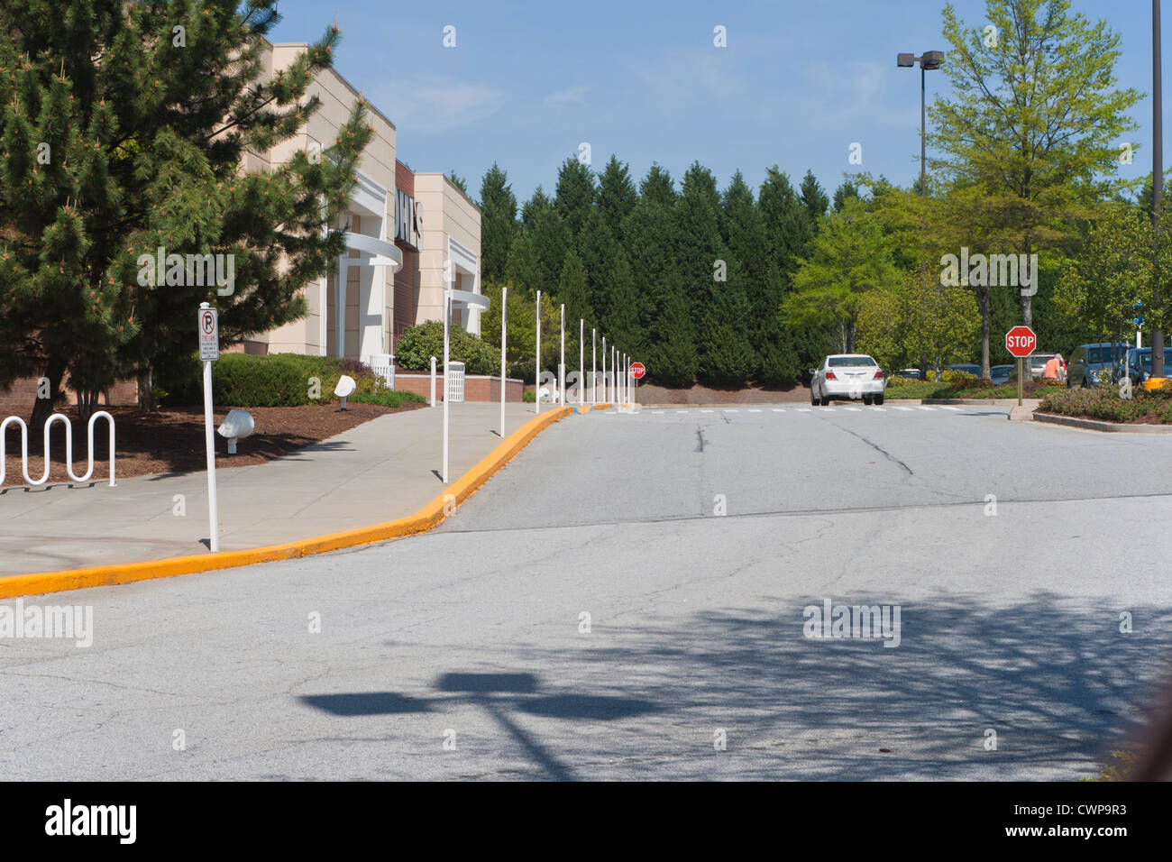 Mall parking lot in Lawrenceville Georgia one car. - Stock Image