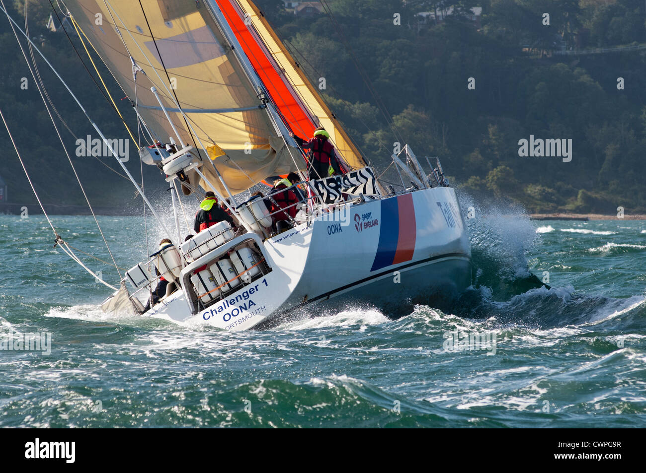 2012 England Isle of Wight RTI Round the Island United Kingdom Yacht sail sailing yachting gaff rigged Solent rough - Stock Image