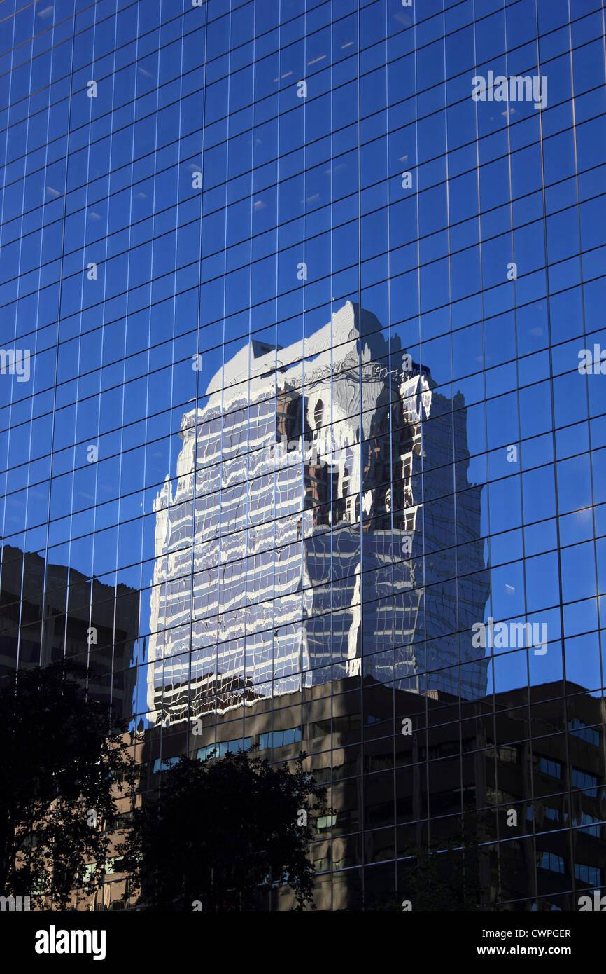 Canada, Québec, Montréal, skyscraper, reflexion - Stock Image