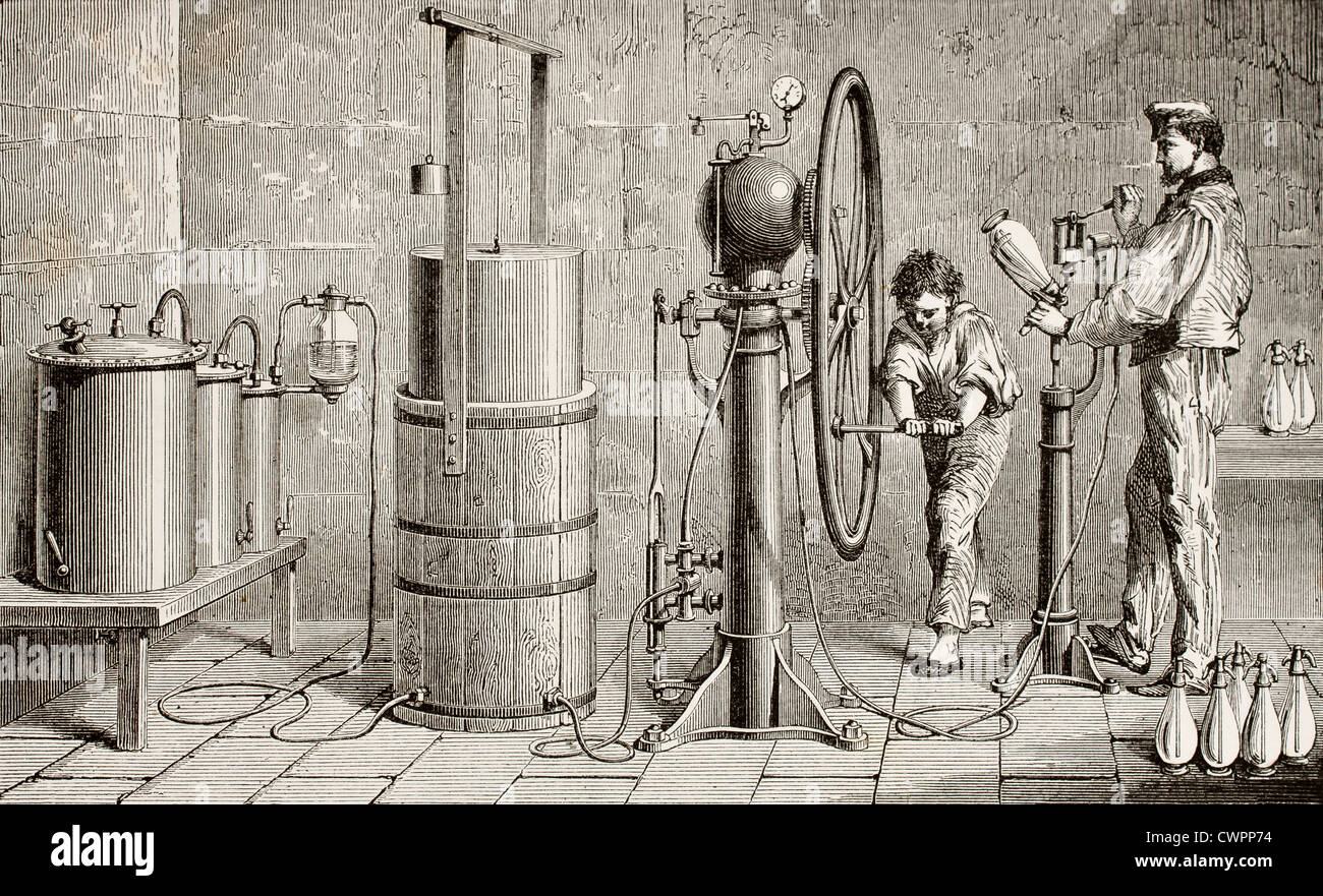 Ozouf apparatus for fizzy water production - Stock Image