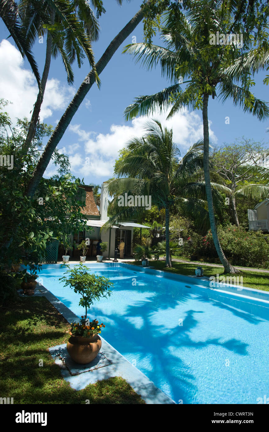 SWIMMING POOL ERNEST HEMINGWAY HOME MUSEUM KEY WEST OLD TOWN HISTORIC DISTRICT FLORIDA USA Stock Photo