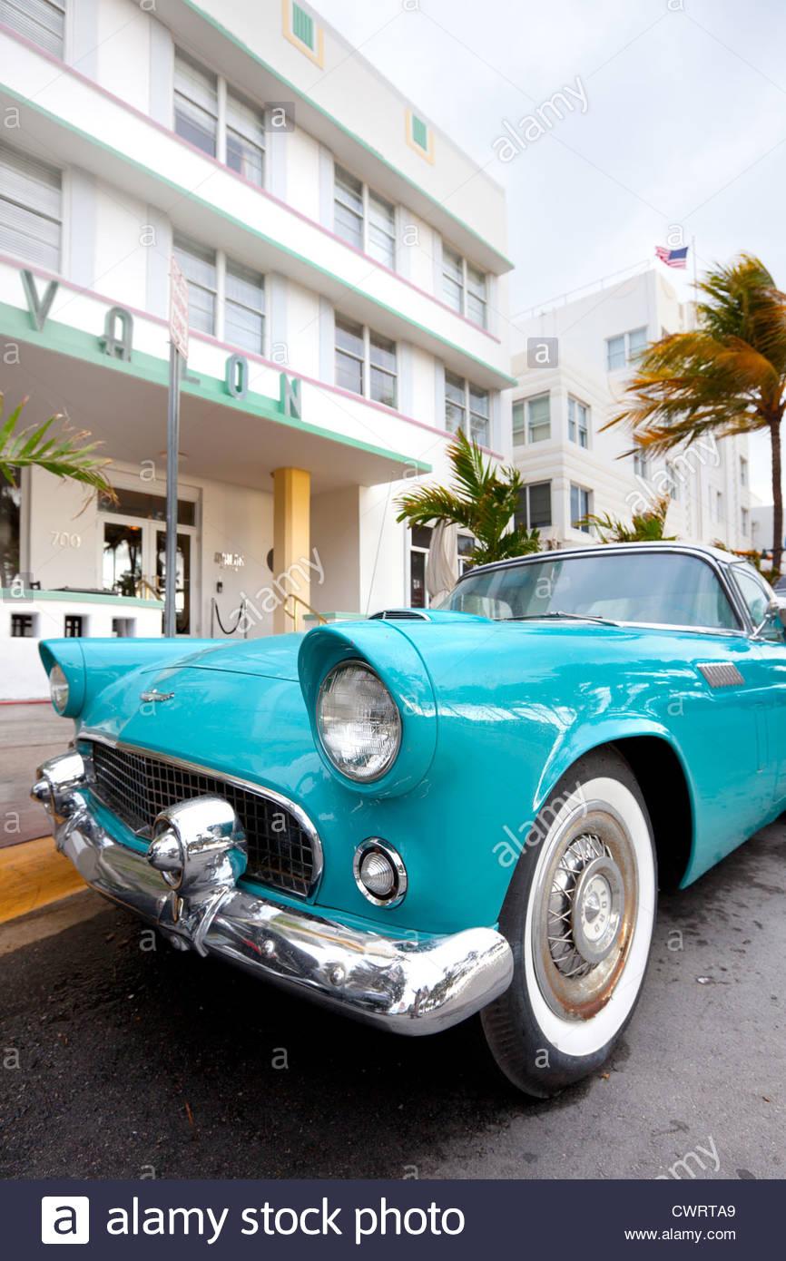 Classic car at Ocean Drive in Art Deco district, Miami, Florida, USA - Stock Image