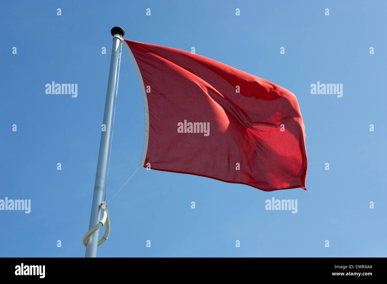 red flag flying marking the hanoverian (english) line Culloden moor battlefield site highlands scotland - Stock Image