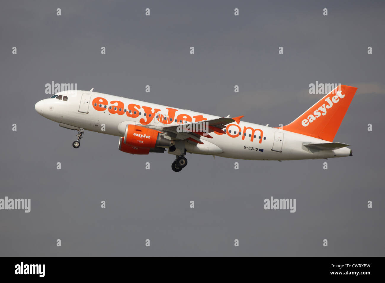 Easyjet Airbus A320 take off at Manchester Airport - Stock Image