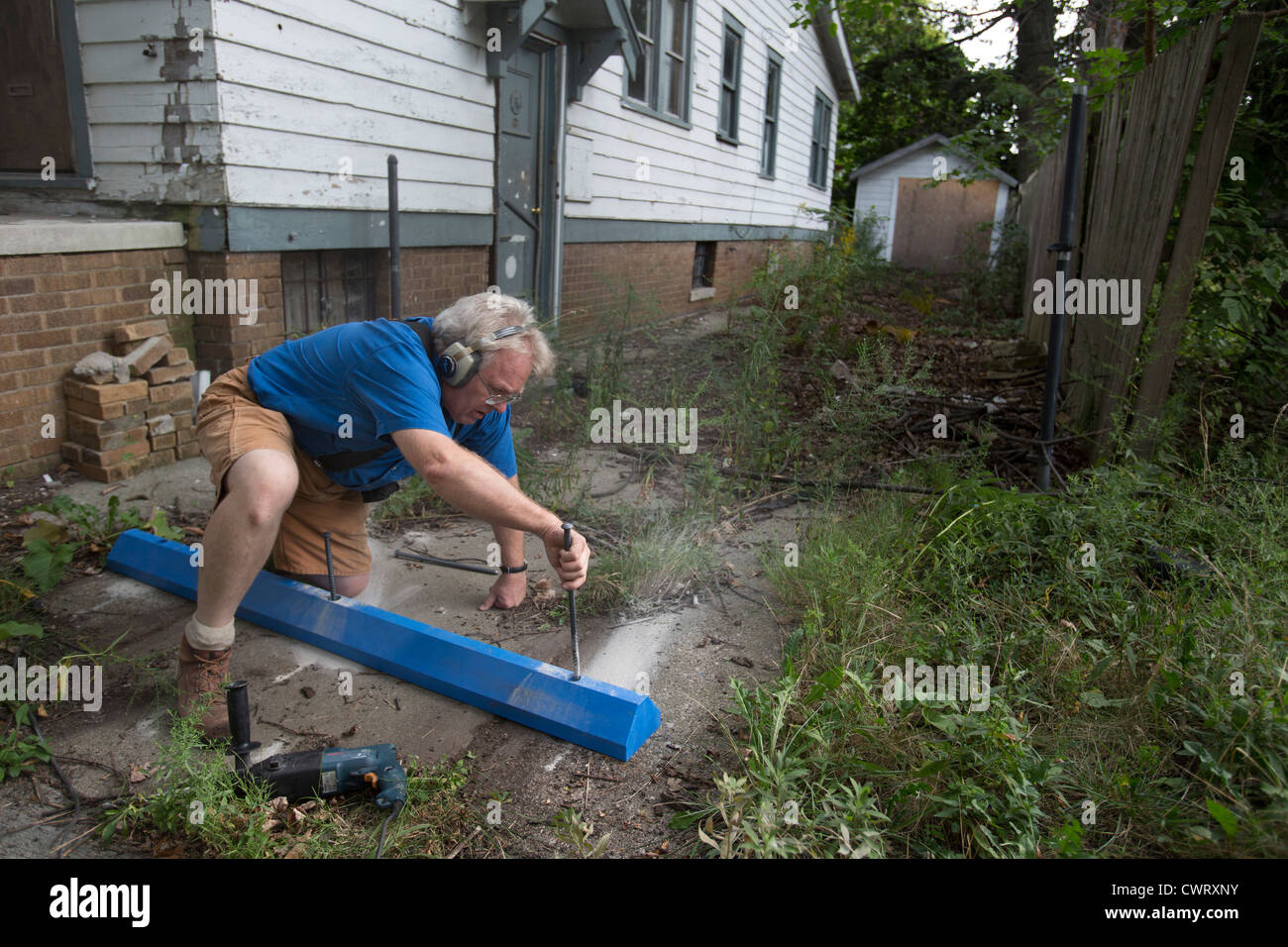 Detroit Block Club Tries to Prevent Illegal Dumping - Stock Image