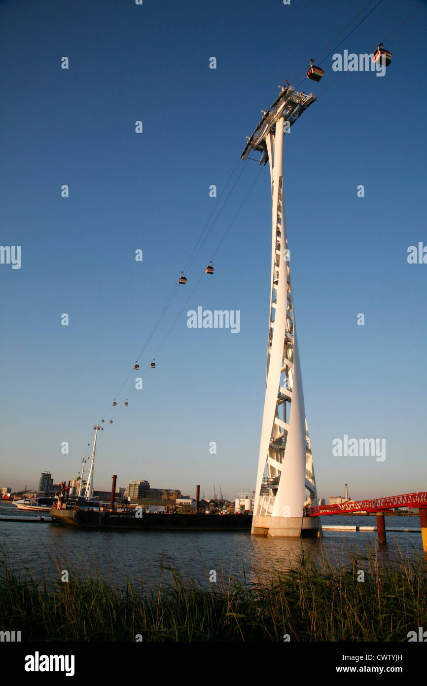 Emirates Air Line cable cars running across the River Thames from North Greenwich to Royal Victoria Dock, London, - Stock Image